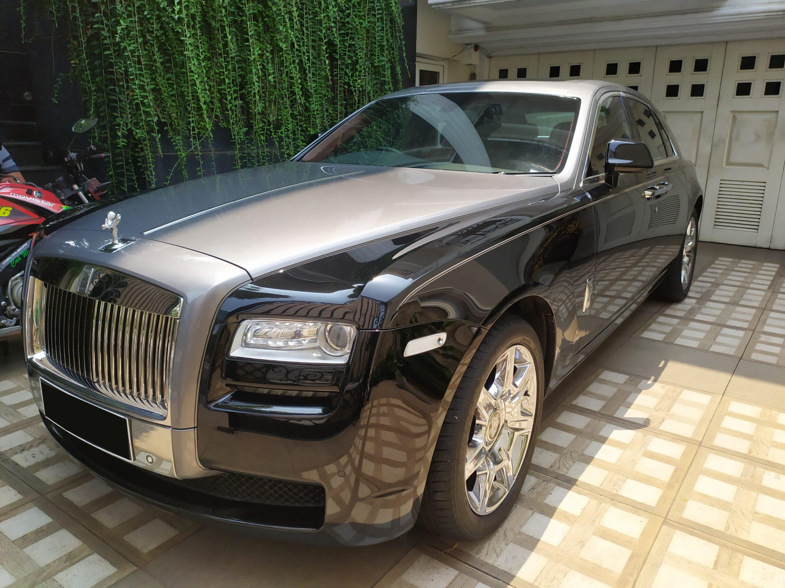 Sewa Mobil Rolls Royce dan Intip Berbagai Hal Menarik di Dalamnya